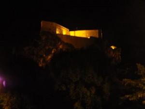 San Leo bei Nacht